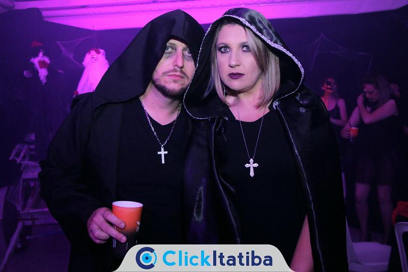 Q Halloween - 2019