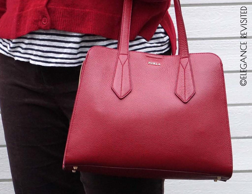 wear red 1300 x 1000