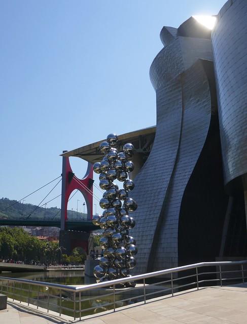Frank Gehry, Anish Kapoor, Daniel Buren, Musée Guggenheim, Bilbao, Biscaye, Pays Basque, Espagne.