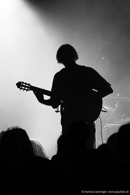 Lukas Klein: vocals, guitar, keys