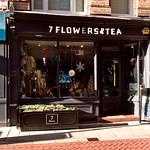 7 Flowers & Tea
