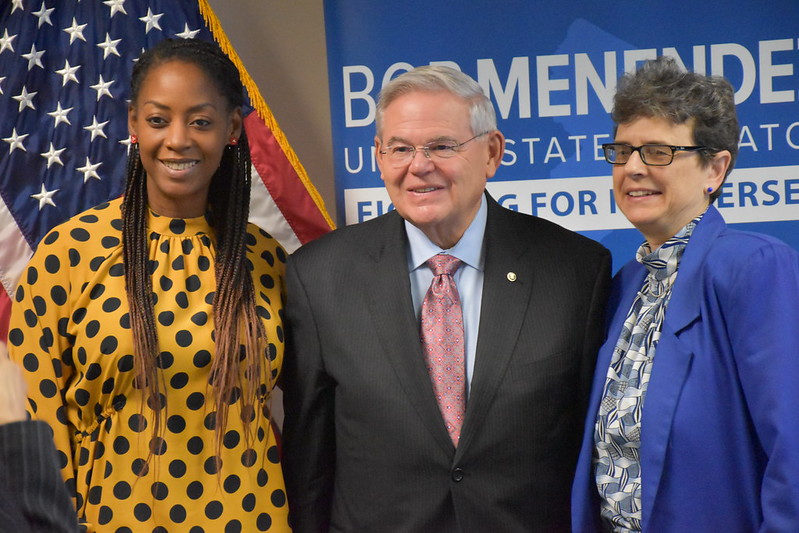 Menendez Hosts Roundtable with Women Owned Small Business Owners