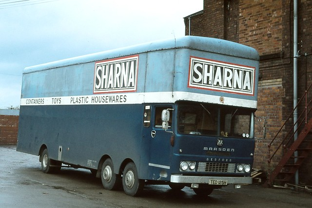 Sharnaware ( Manufacturing ) Ltd . Manchester . TED125H . Droylesden , Greater Manchester . Saturday 03-November-1979 .