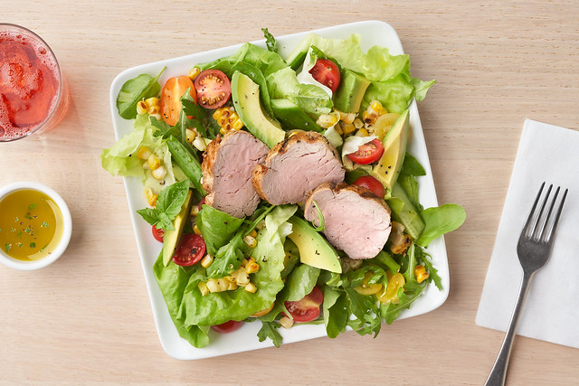 Grilled_Corn_Salad_With_Pork_Loin