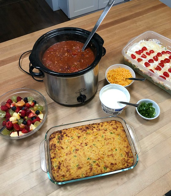 easy slow cooker chili with cornbread and salad