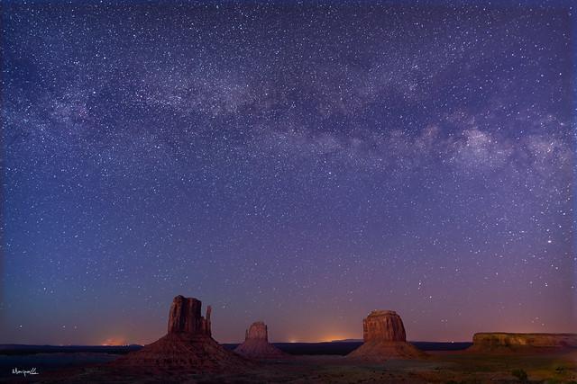 Milkyway Raising over Monument Valley