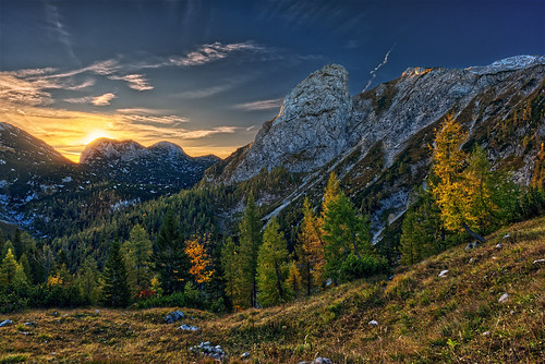 landscape sunrise morning mountains autumn austria hochkogel