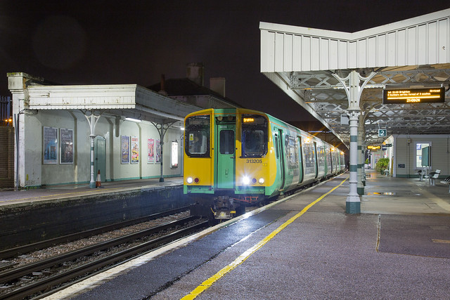 Southern 313 205 Hove