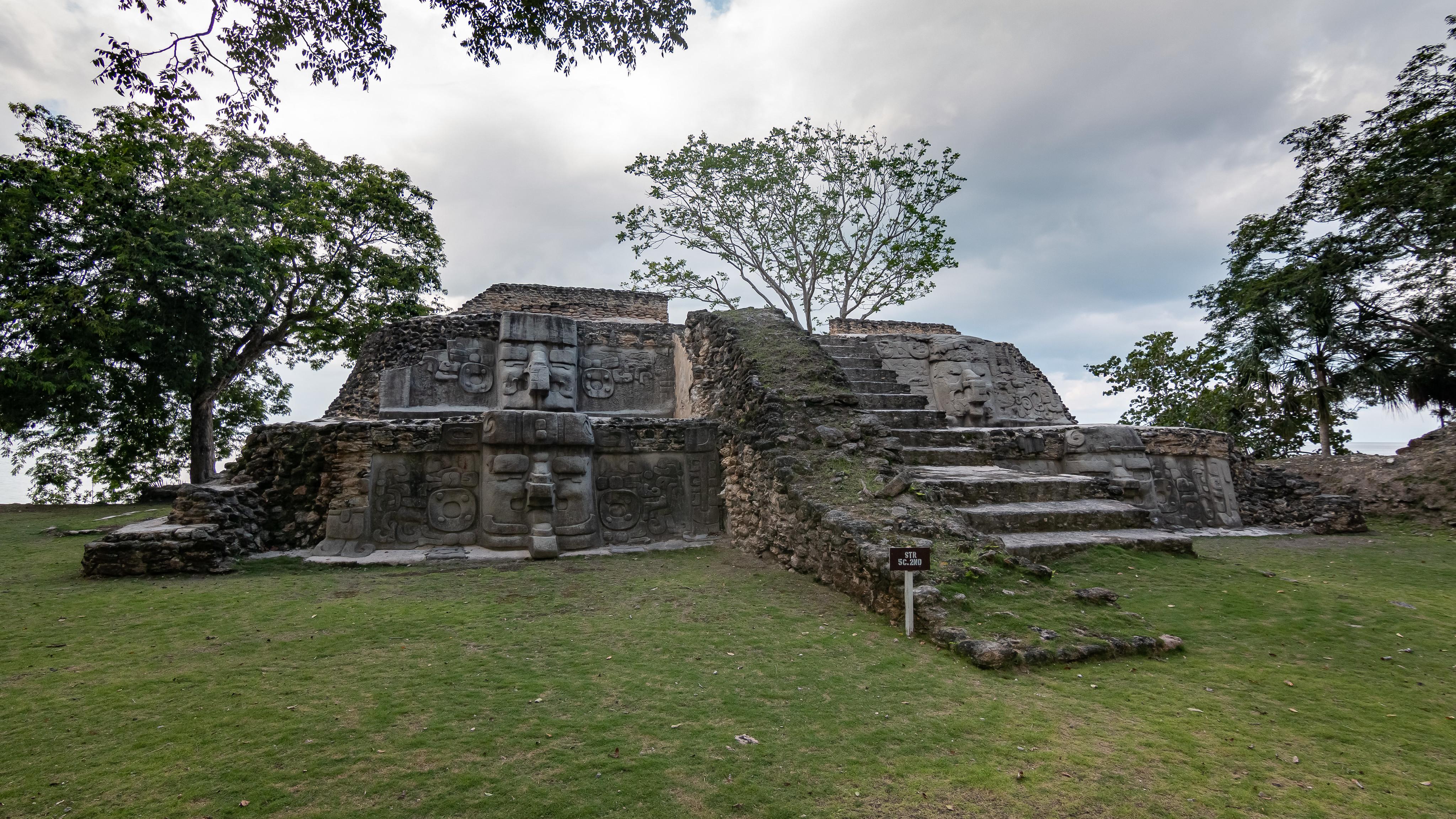 Cerros - [Belize]