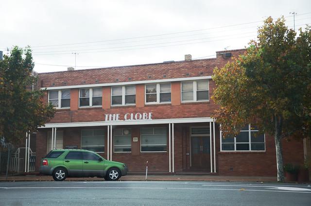 DSC_0423 former Globe Hotel, 33 High Street, Charlton, Victoria