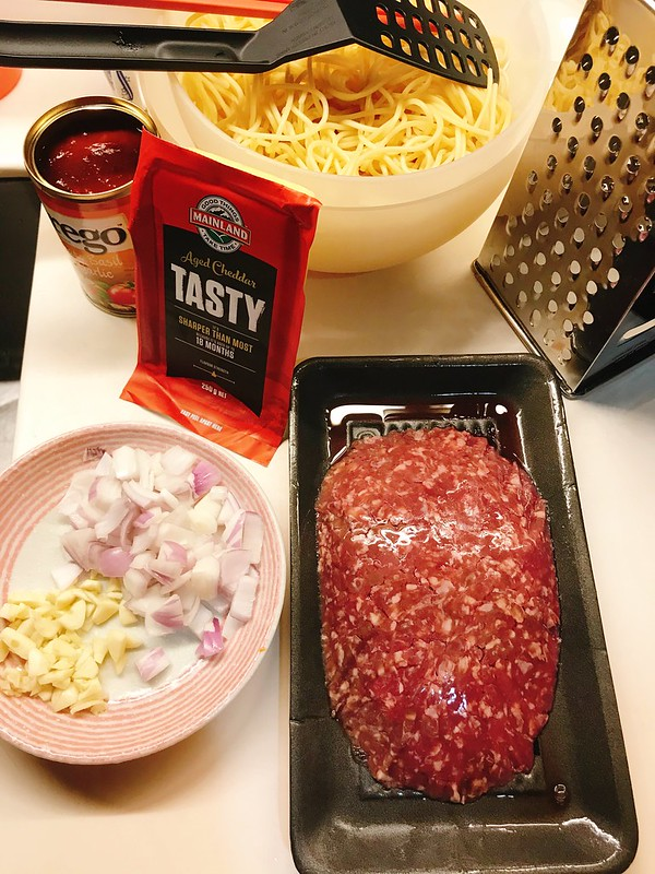 Ingredients for a super easy bolognese