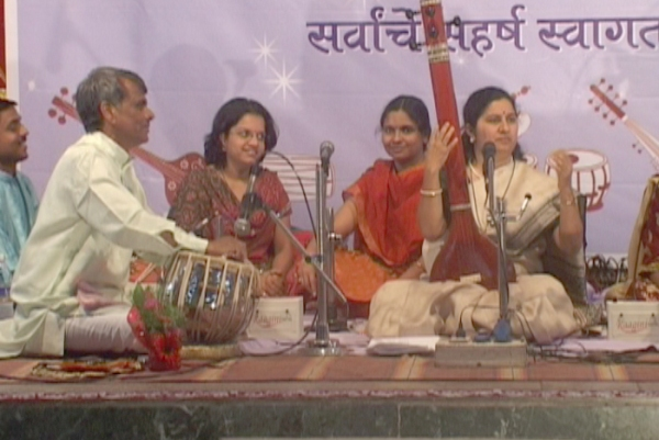 Shri-Choundeshwari-Music-Festival-2010-Photo-II