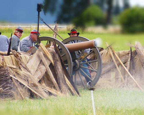 Civil war reenactors, Antique Powerland Brooks, OR.                   DSC00339 1