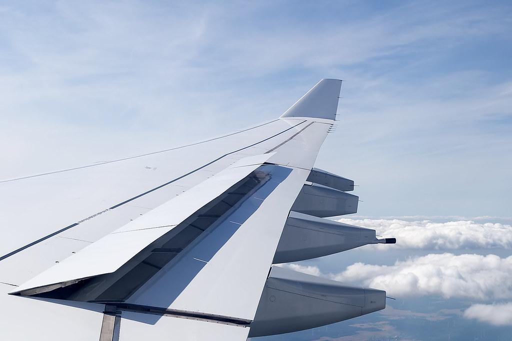 D-AIGS Lufthansa A430-300 Arriving into Frankfurt Airport