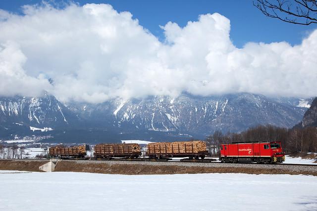 Zillertalbahn D14 + Güterzug/goederentrein/freight train   - Schlitters
