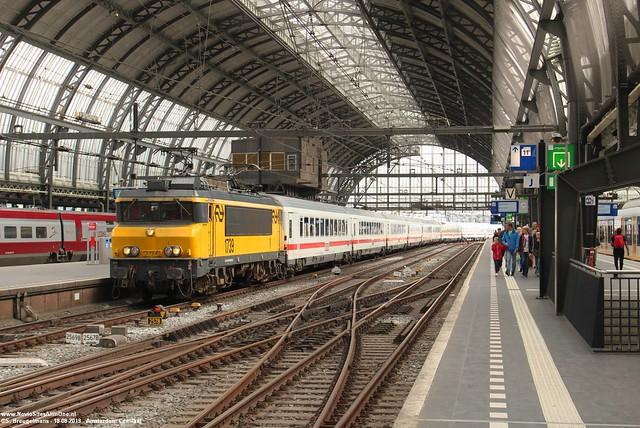 NS 1739 + IC Berlijn - Amsterdam Centraal 18-08-2019.