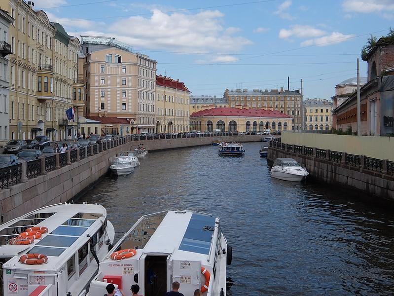 Санкт-Петербург - Причал на реке Мойке