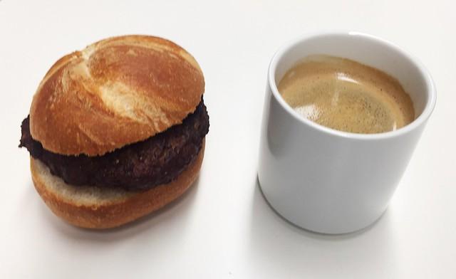 Bulette & Kaffee