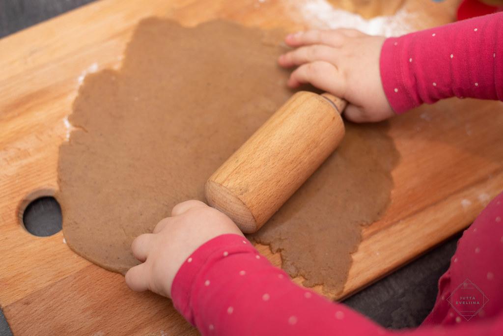 Pipareiden leivontaa