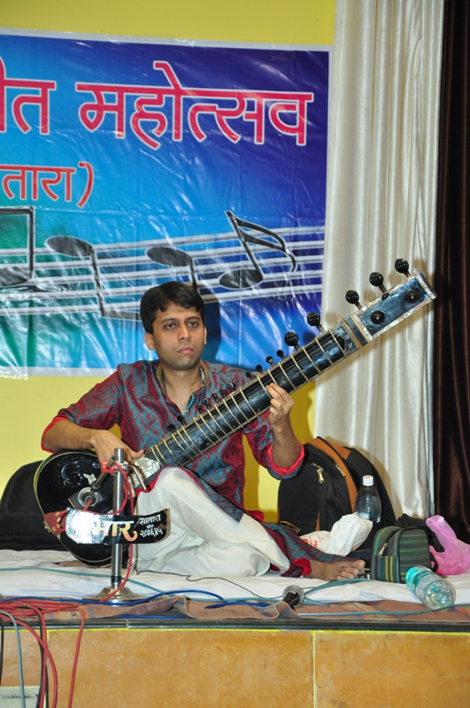 Sangeet-Mahotsav-2013-Photo-28