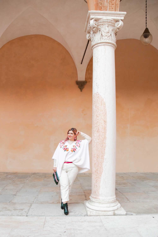 Outfit bianco curvy plus size visione Italia (5)