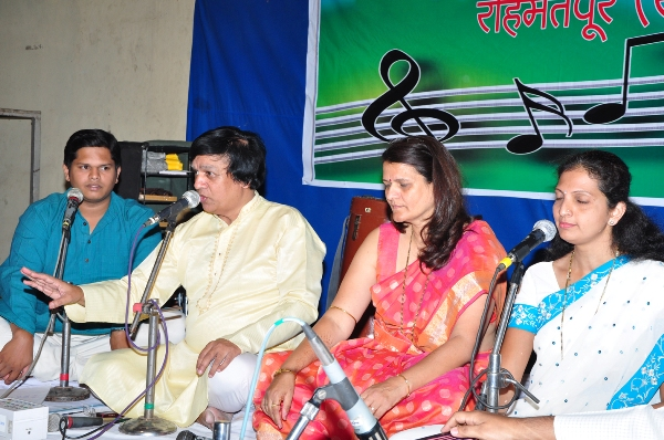 Shri-Choundeshwari-Music-Festival-2012-Photo-V