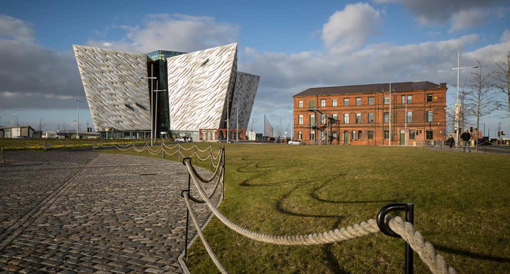 Belfast bezienswaardigheden, Titanic Belfast | Mooistestedentrips.nl