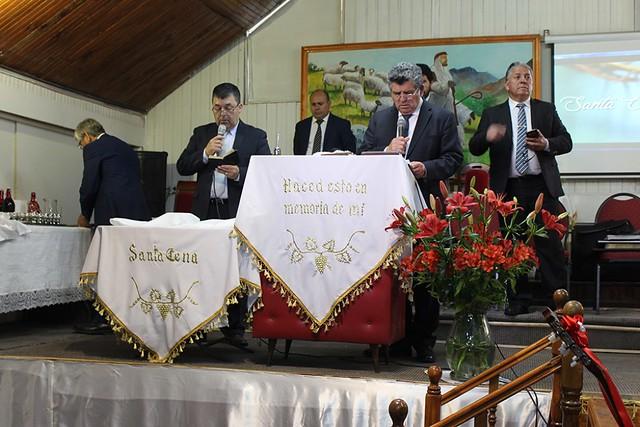 """""""No hay otro nombre bajo el cielo, dado a los hombres, en que podamos ser salvos"""" Santa Cena en iglesia Lo Espejo"""