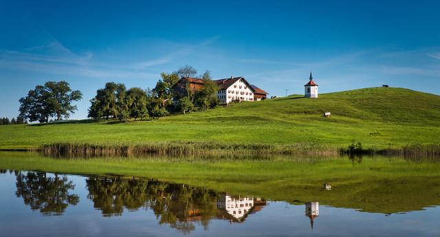 Spiegelung im Hegratsrieder See