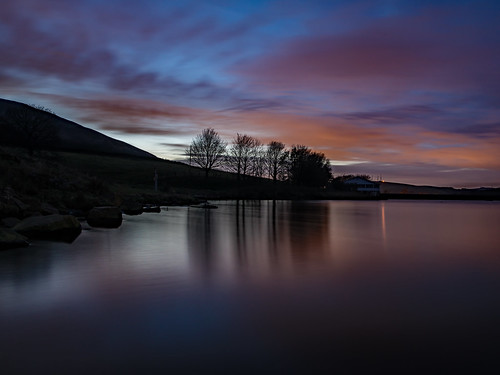 dovestones dovestonesreservoir saddleworth reservoir longexposure night nightsky greenfield pennine landscape outdoors countryside water craighannah november 2019 bigstopper canon 5d clouds sky weather westriding yorkshire oldham greatermanchester england uk sunset evening dusk goldenhour