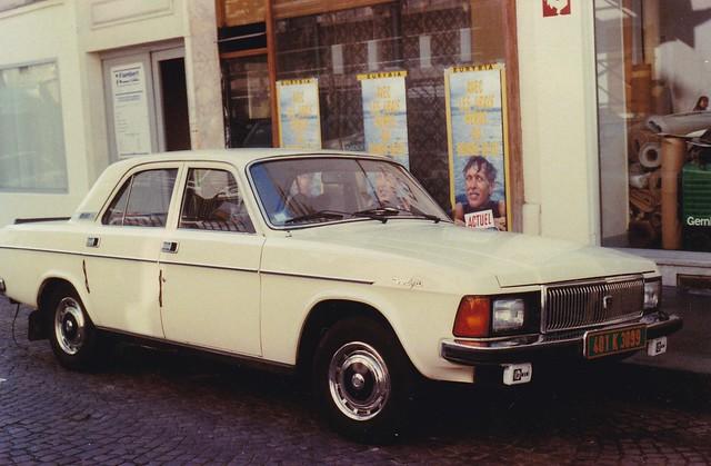GAZ Volga 3102 Rue de Vaugirard Paris 15ème Avril 1991a