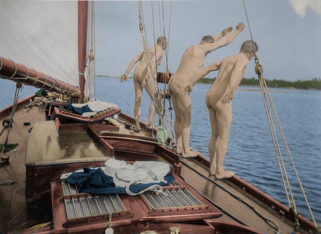 A refreshing dip in the Åland archipelago (1924)