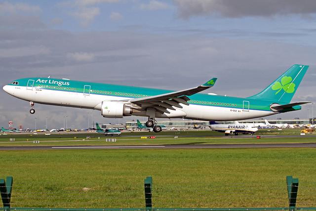 Aer Lingus Airbus A330-302 EI-DUZ