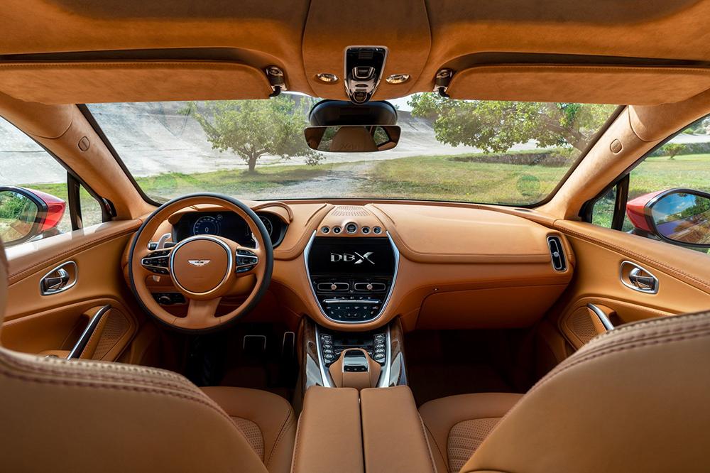 Aston-Martin-DBX-1_4