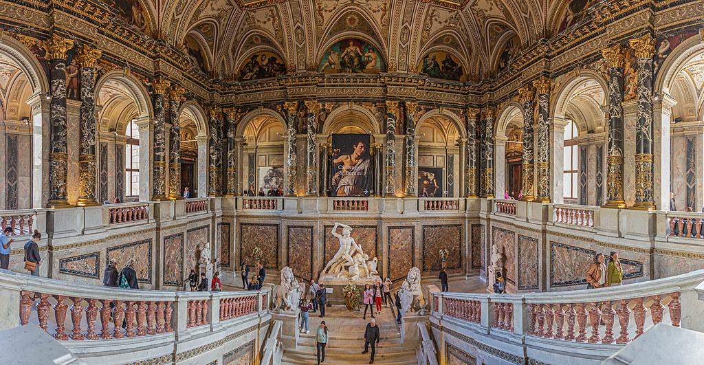 Treppenhaus im Kunsthistorischen Museum in Wien | www.khm.at… | Ulrich  Cziollek | Flickr