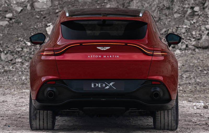 Aston_Martin_DBX07-jpg