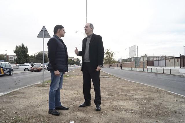 Pimentel y Bretón en polígono sur de Sevilla