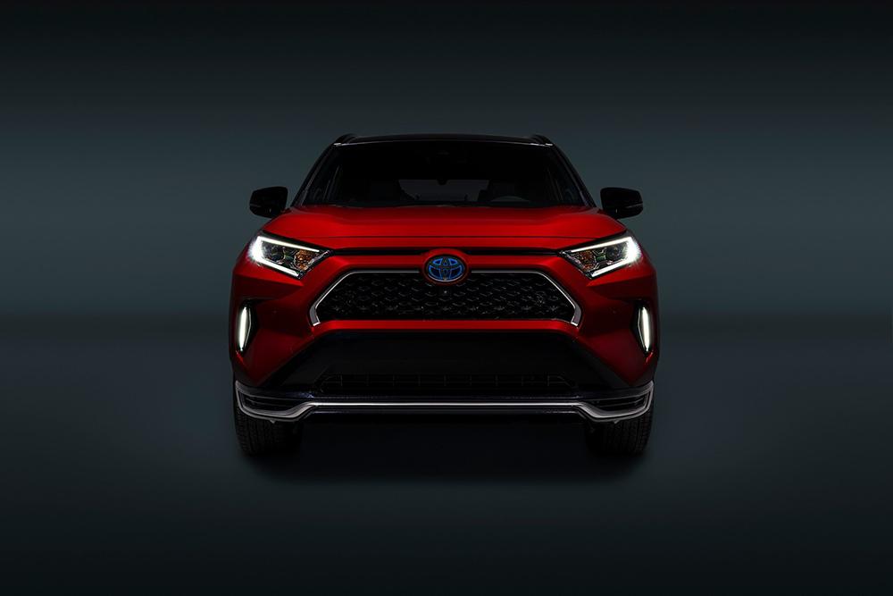 2021-Toyota-RAV4-Prime-9