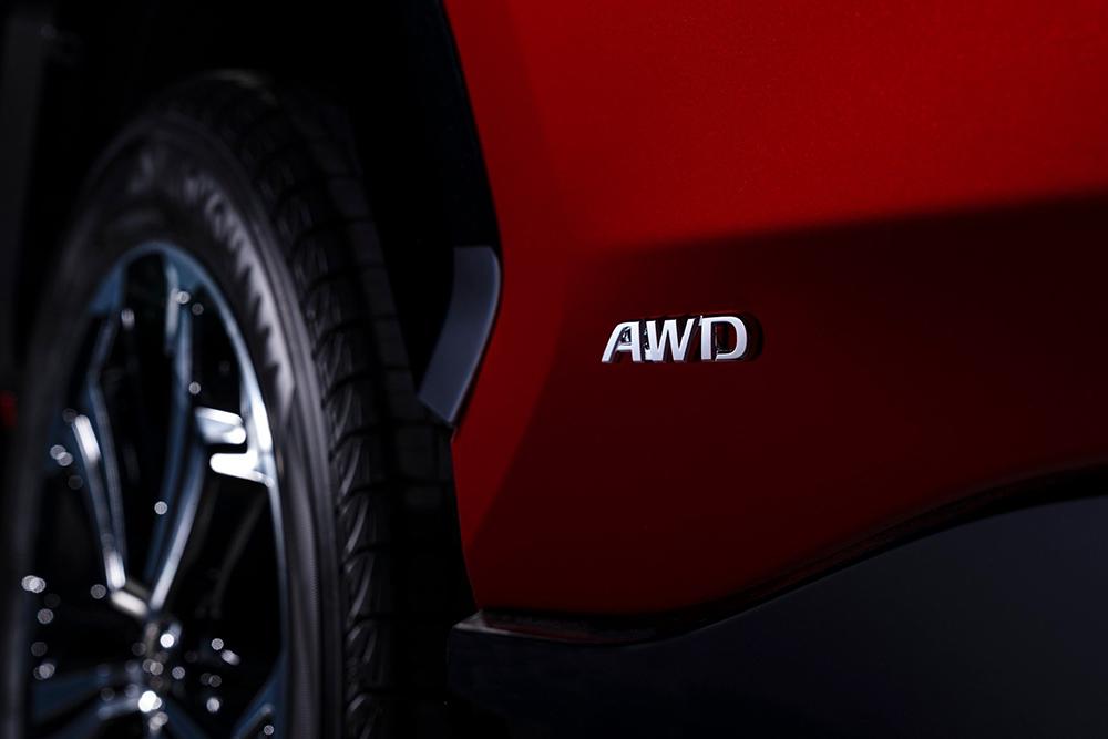 2021-Toyota-RAV4-Prime-14