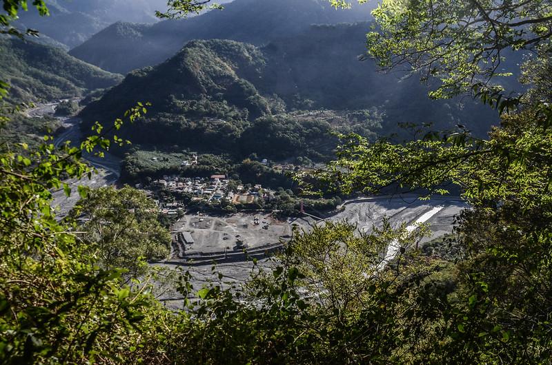 西良母嵐山稜線俯瞰復興部落