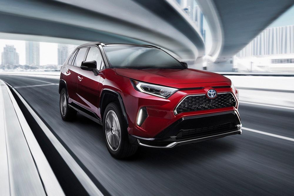 2021-Toyota-RAV4-Prime-5