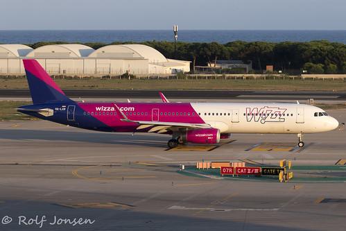 HA-LXR Airbus A321 Wizzair Barcelona airport LEBL 10.08-19