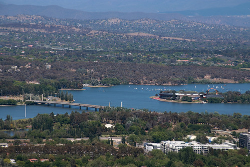 lakeburleygriffin nationalmuseumofaustralia canberra act mtainslie view yachts