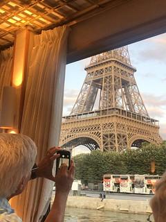 Glimpse of Paris