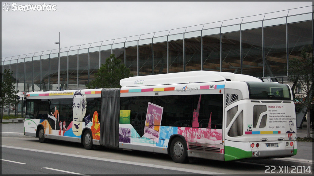 Heuliez Bus GX 427 GNV – Semitan (Société d'Économie MIxte des Transports en commun de l'Agglomération Nantaise) / TAN (Transports en commun de l'Agglomération Nantaise) n°264 (Jacques Demy)