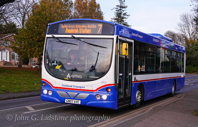 Lovely Southend Transport heritage-livery new repaint by Arriva Kent Thameside (Southend), Volvo B7RLE / Wright Eclipse Urban 3816, GN07 AVC (unfortunately with incorrect silver wheels)