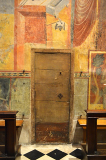 Wooden Door [Bergamo - 1 November 2019]