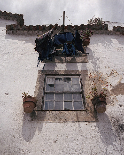 Drying the laundry (Óbidos)