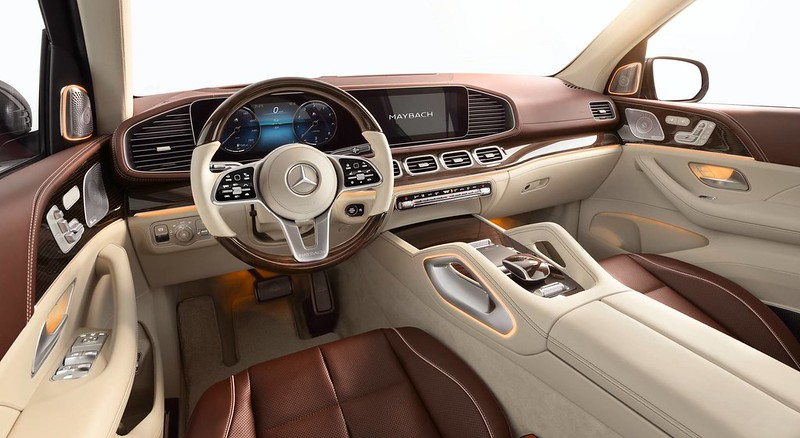 2021-Mercedes-Maybach-GLS-600-4MATIC-44