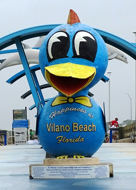 FL, Vilano Beach-Blue Bird of Happiness Statue